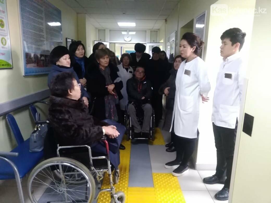 Алматы – город для инвалидов: так ли это, фото-1