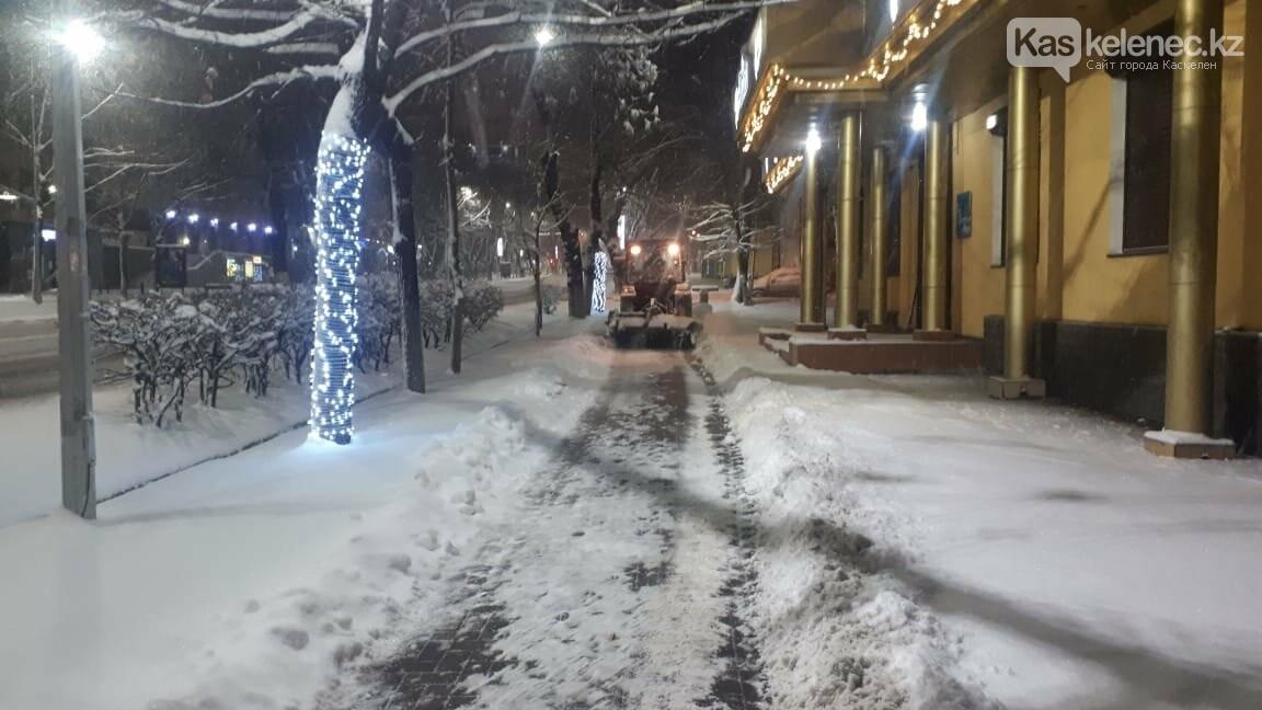 15 сантиметров снега выпало в Алматы и окрестностях, фото-3