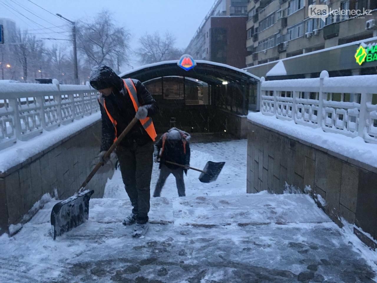 30 сантиметров снега выпало в Алматы и окрестностях, фото-3