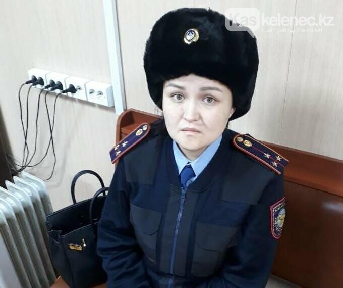 Девушка в полицейской форме вымогала деньги у предпринимателей в Алматы, фото-1