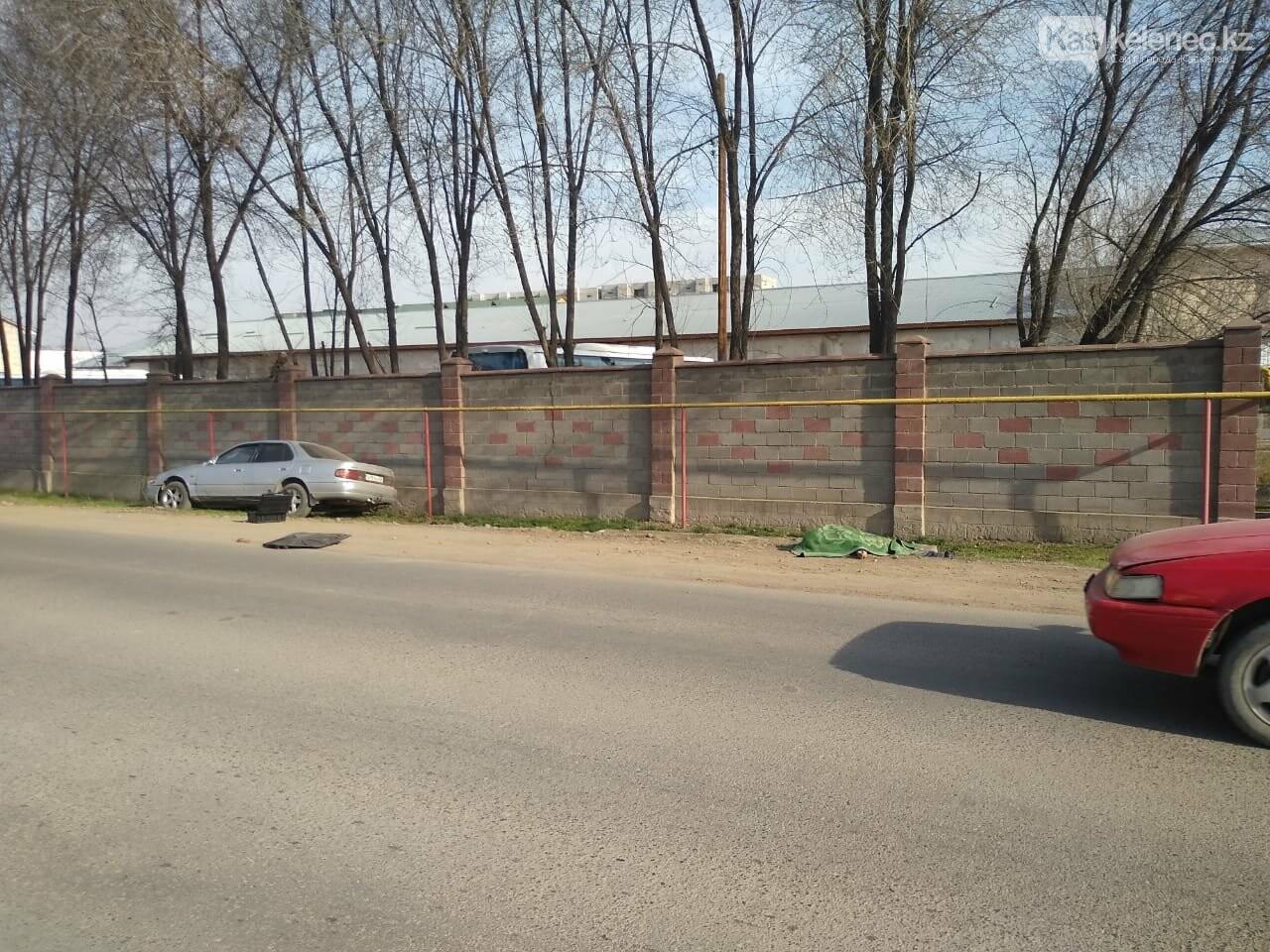 На центральной улице Каскелена насмерть сбили мужчину, фото-1