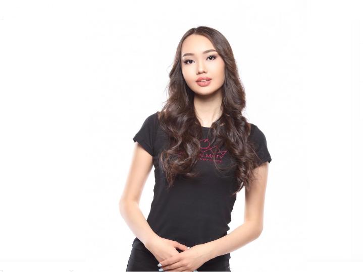 Школьница завоевала титул «Мисс Алматы-2019», фото-2