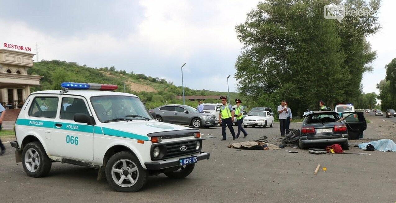 Двое скончались, трое в больнице: жуткое ДТП произошло на Талгарской трассе, фото-2
