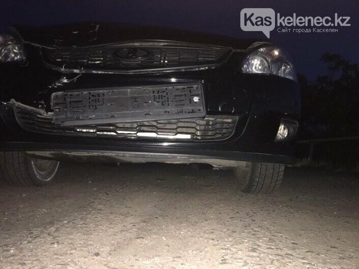 Свадебный кортеж сбил двух полицейских в Алматы, фото-2