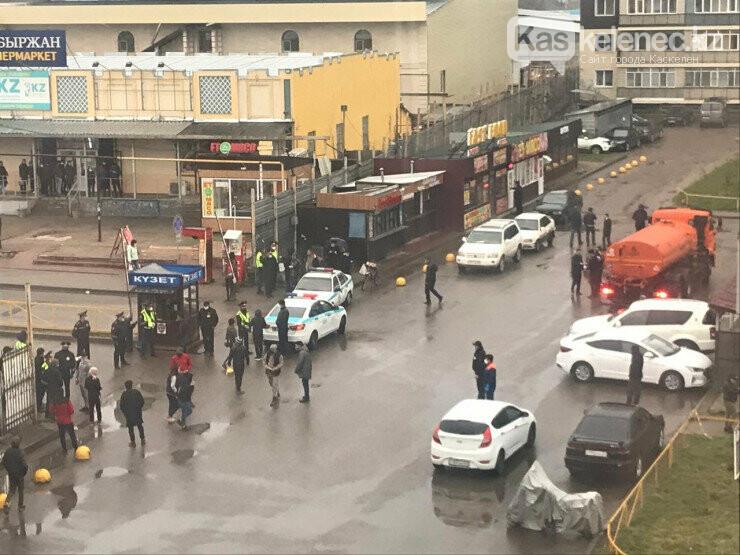 ЖК «Асыл Арман» заблокирован полицией, фото-1
