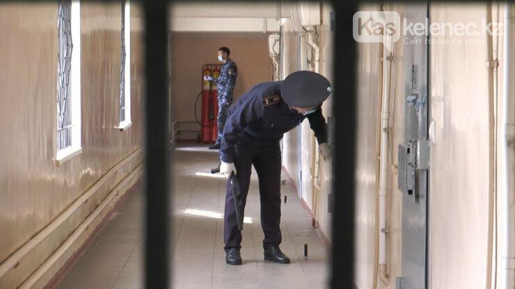 Как отбывают наказание арестованные нарушители карантина в Алматы: видео, фото-2